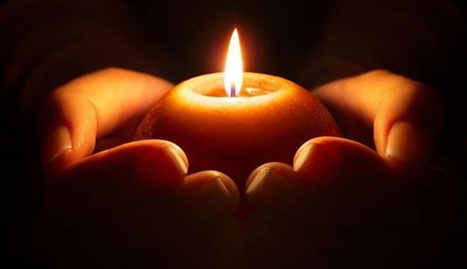 Sceglie una delle 3 candele che ti proponiamo qui di seguito, e scopri cosa ti svelerà…